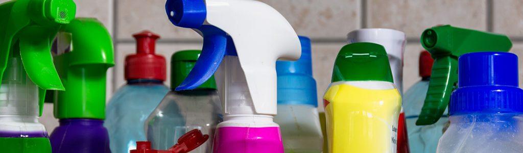 Mezcla de productos químicos de limpieza…  ¿a favor o en contra de la salud? 2
